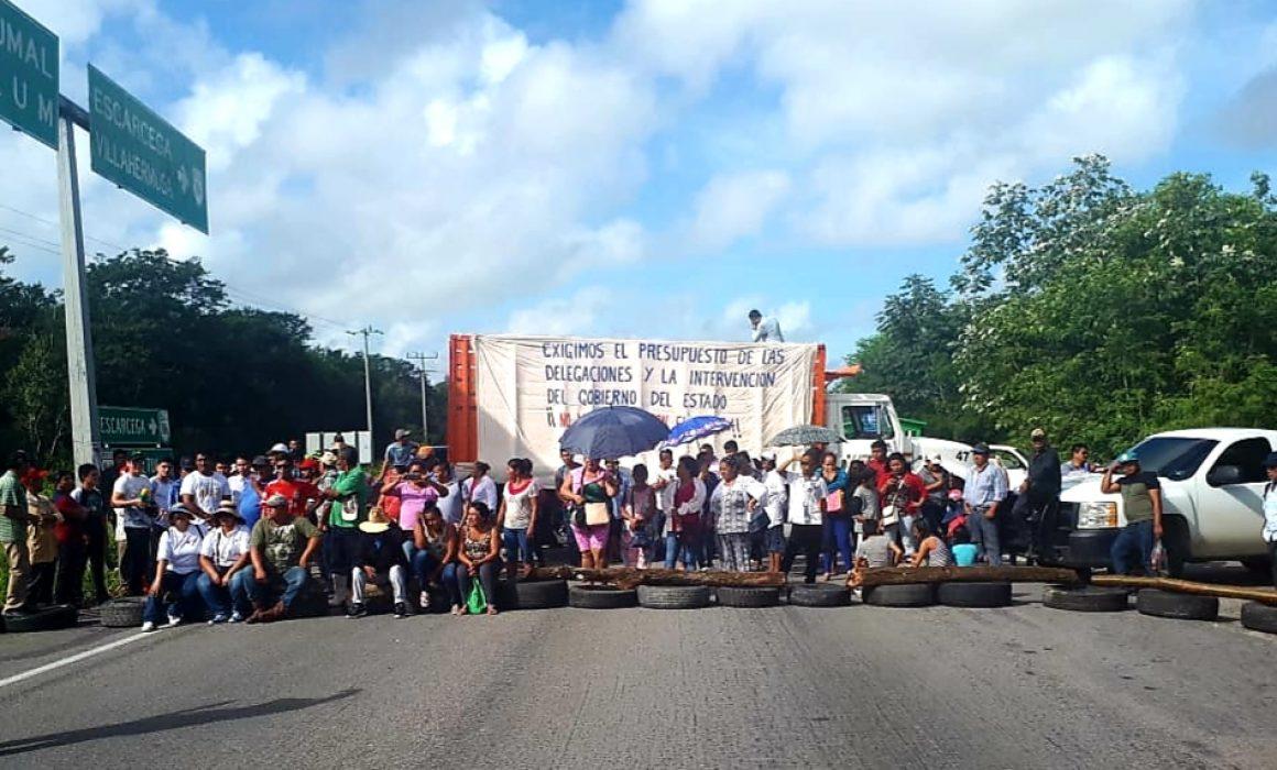 Bloquean carretera a Chetumal por incumplimiento de autoridades - Quadratin  Quintana Roo