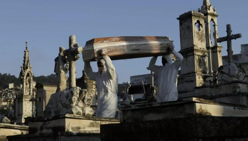 Mundo: EU supera las 180 mil muertes por Covid-19
